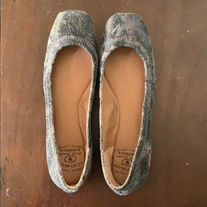 Lucky brand navy blue distressed flats